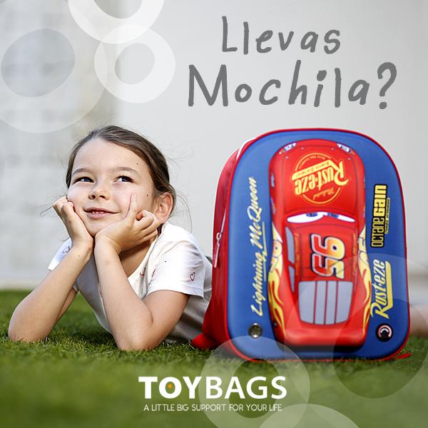 Lola Llevas mochila